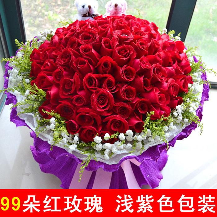 精选99枝红玫瑰,黄莺,满天星围绕,2个小熊